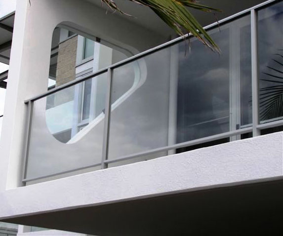 aluminium and glass balustrades balustrade online
